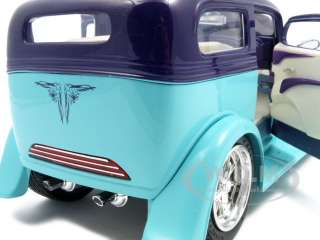 1931 FORD MODEL A SEDAN GREEN/PURPLE 118 DIECAST