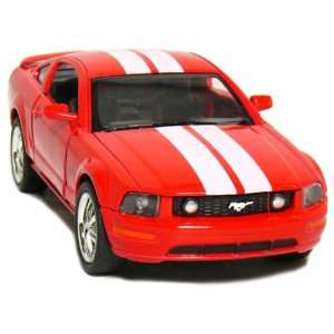5 2006 Ford Mustang GT with Stripes 138 Scale (Red