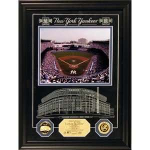 YANKEE STADIUM ARCHIVAL ETCHED GLASS PHOTO MINT  Sports