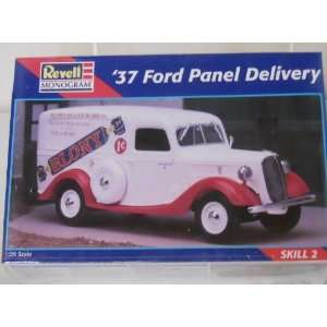 Monogram 37 Ford Panel Delivery 125 Scale Model Car Kit Toys & Games